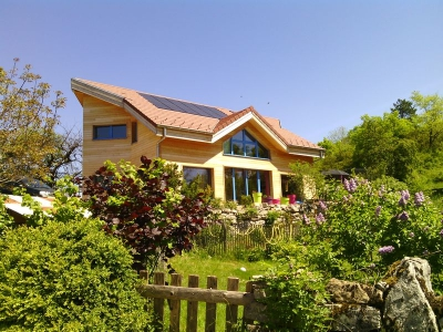 Magnificent villa (8 rooms - 150 sqm) in NURIEUX VOLOGNAT