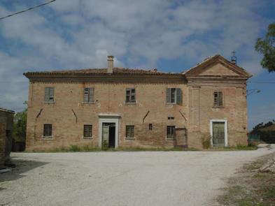 Estate (20 rooms - 1,040 sqm) in MONTEFELCINO (PU) - MARCHE