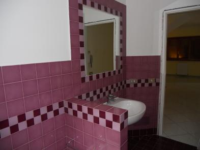 Photo 6 - WC