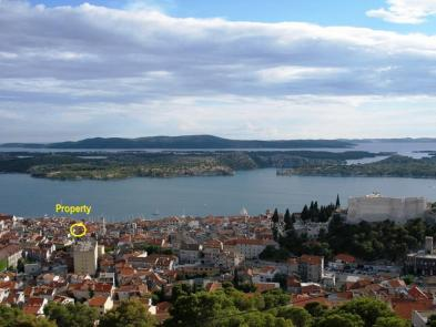 Superb town house (5 rooms - 185 sqm) in SIBENIK