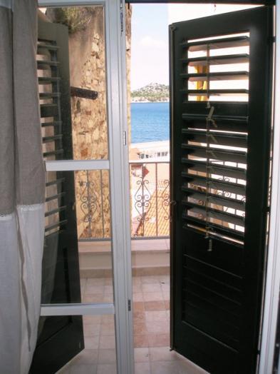 Foto 7 - Balcón