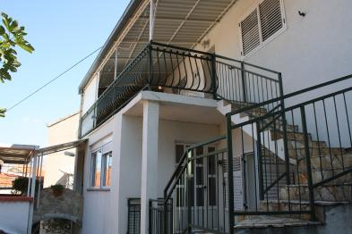 Nice house (5 rooms - 140 sqm) in OPUZEN