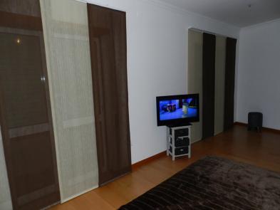 Photo 2 - Bedroom 1