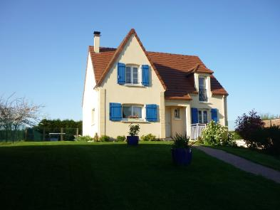 Superb house (9 rooms - 127 sqm) in VILLERS TOURNELLE