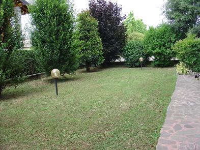 Photo 9 - Private garden