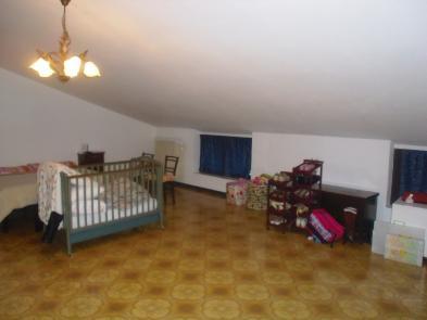 Photo 10 - Convertible attic space