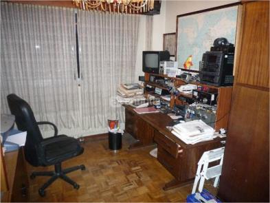 Photo 5 - Bureau