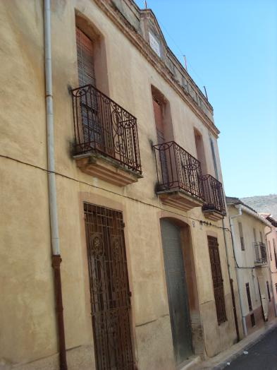 Nice manor house (14 rooms - 320 sqm) in BELLÚS