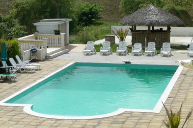 Photo 7 - Swimming pool
