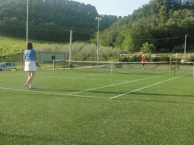 Photo 8 - Tennis