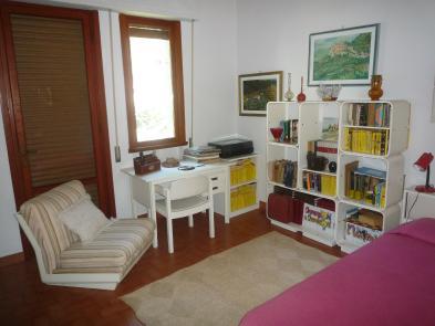 Photo 7 - Bedroom 3