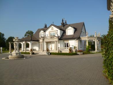 Superb villa (8 rooms - 260sqm) in WEGORZEWO KOSZALINSKIE
