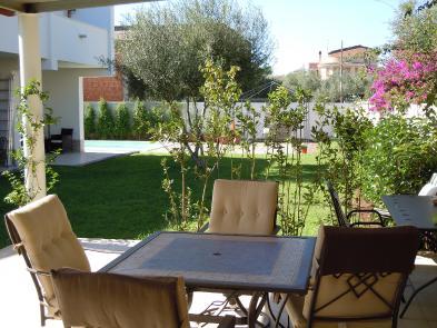 Photo 9 - Gardens
