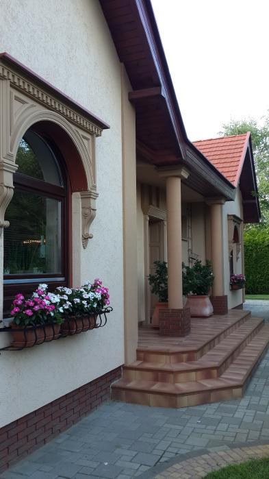 Photo 2 - House