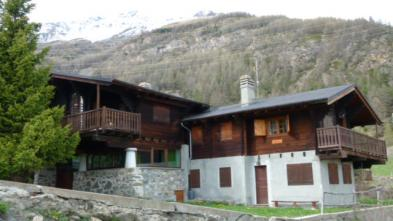Nice chalet (12 rooms - 180 sqm) in COGNE