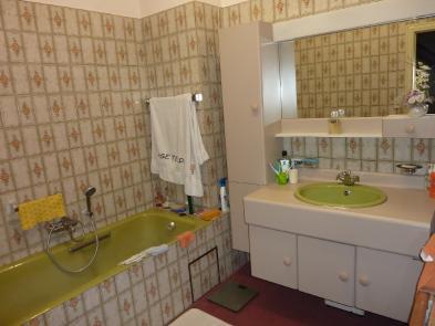 Photo 5 - Bathroom
