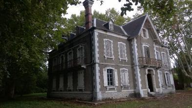 Château à BARRAUTE CAMU