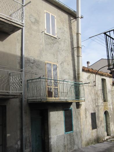 Village house (4 rooms - 115sqm) in MONTENERODOMO
