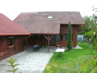 Photo 2 - Private courtyard