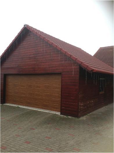Photo 5 - Garage