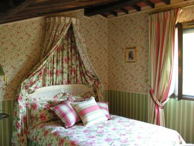 Photo 10 - Bedroom