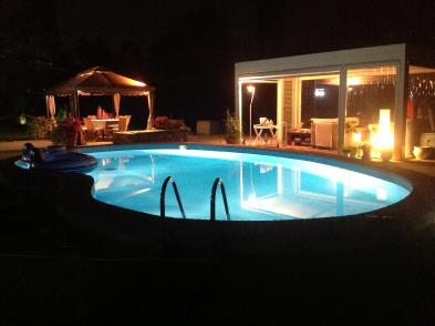 Photo 1 - Swimming pool