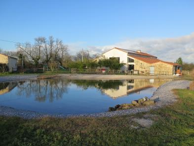 Magnificent barn (7 rooms - 342 sqm) in BEAUREPAIRE