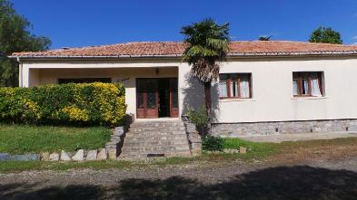 Magnificent estate (8 rooms - 300 sqm) in LINGUIZZETTA