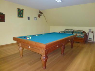 Photo 10 - Billiard room