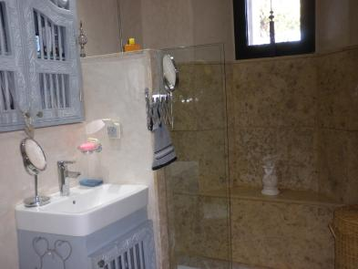Photo 10 - Shower room