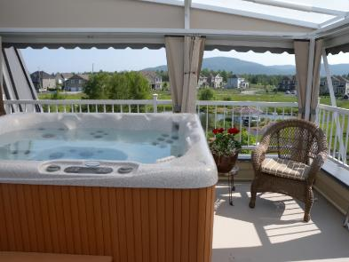 Photo 9 - Jacuzzi