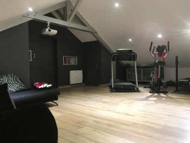 Photo 8 - Exercise room