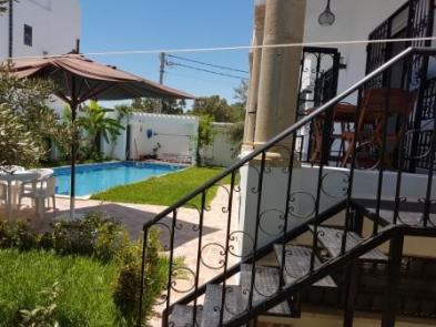 Magnificent villa (8 rooms - 350 sqm) in HAMMAMET