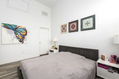 Photo 9 - Bedroom