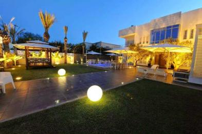 Magnificent house (12 rooms - 1,150 sqm) in TUNIS