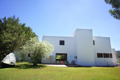 Foto 2 - Villa