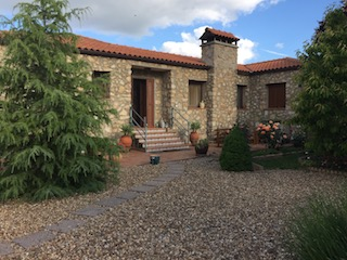 Superb detached house (10 rooms - 240 sqm) in VALENCIA DE ALCANTARA