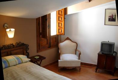 Photo 5 - Bedroom 4
