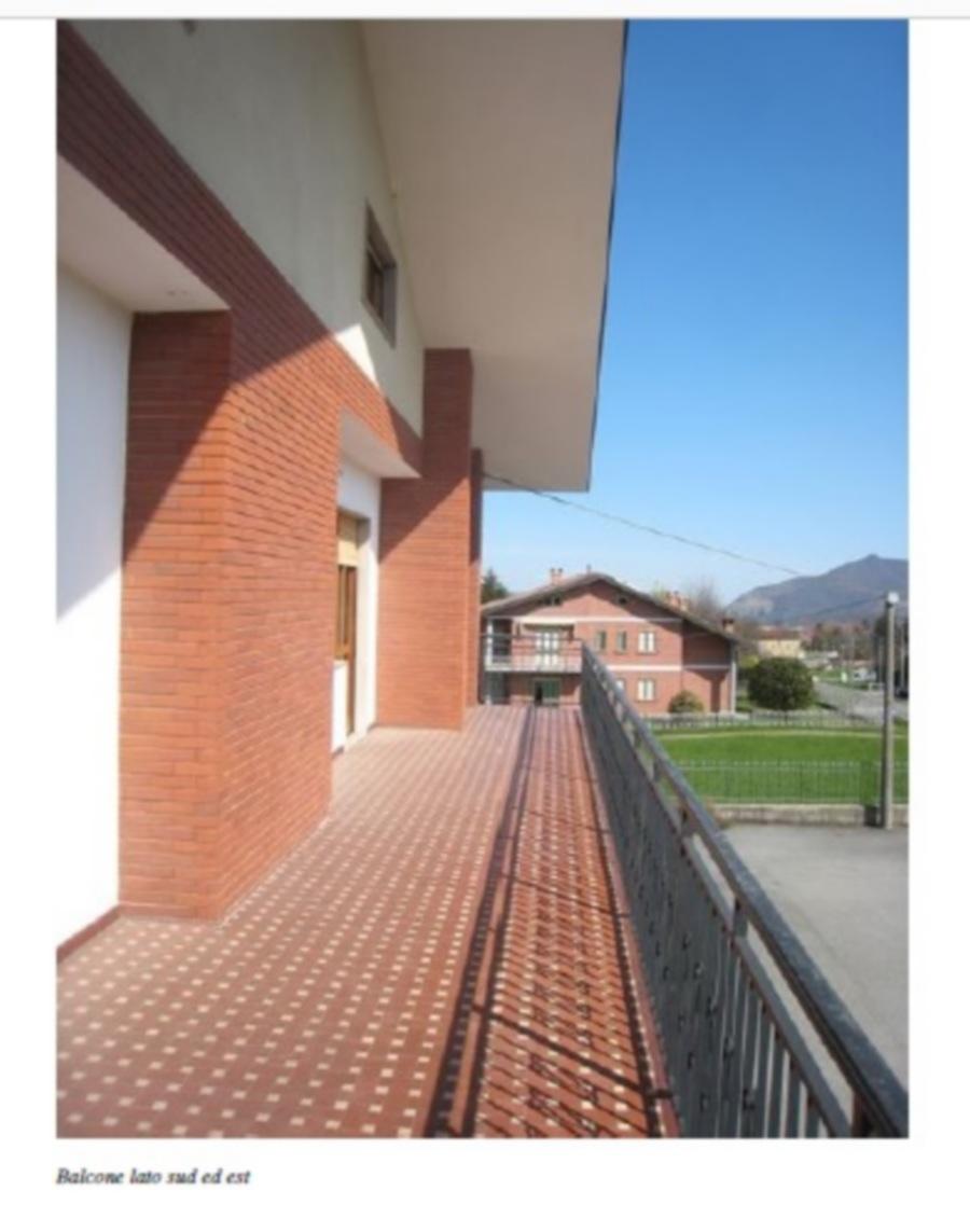 Photo 7 - Terrace