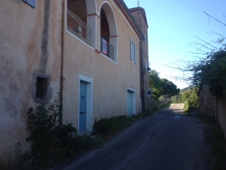 Nice old house (4 rooms - 80 sqm) in COURRY