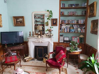 Photo 3 - Sitting room