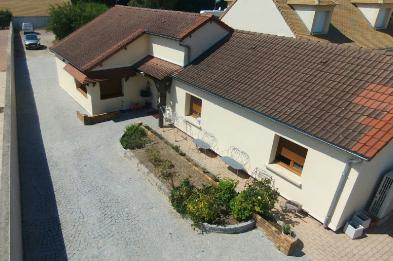 Superb property (7 rooms - 115 sqm) in BOISSISE LE ROI