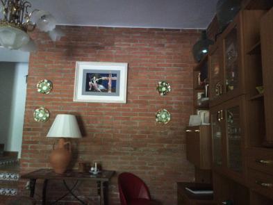 Photo 2 - Salon