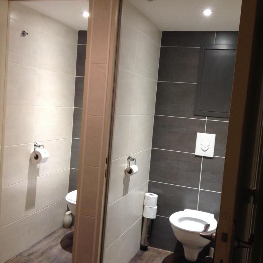 Photo 9 - WC