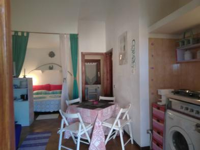 Nice flat (5 rooms - 85 sqm) in CANNIGIONE