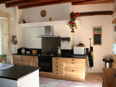 Photo 5 - Equipped kitchen