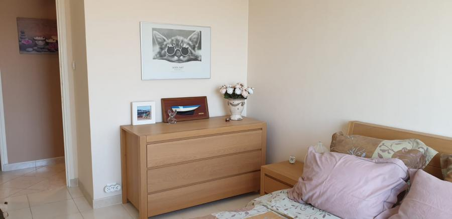 Photo 7 - Bedroom