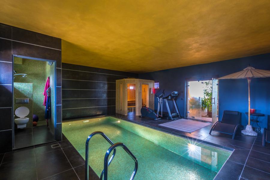 Photo 9 - Indoor pool