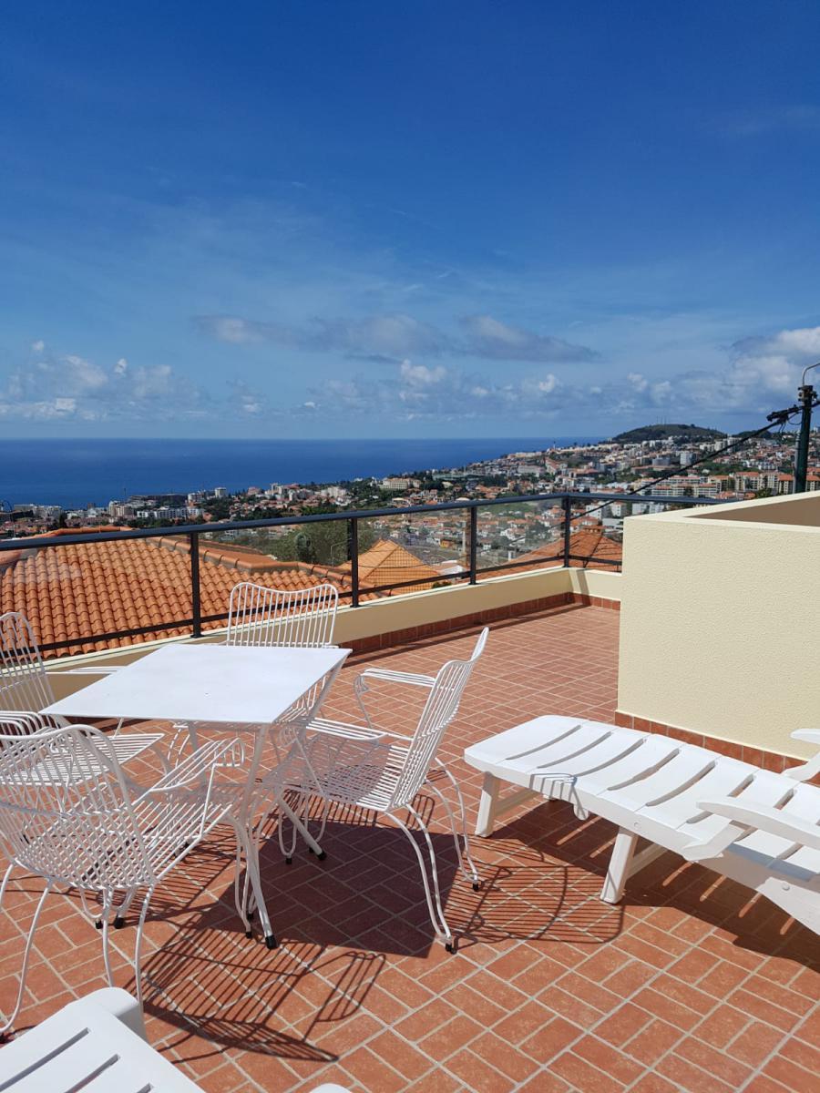 Photo 2 - Terrace