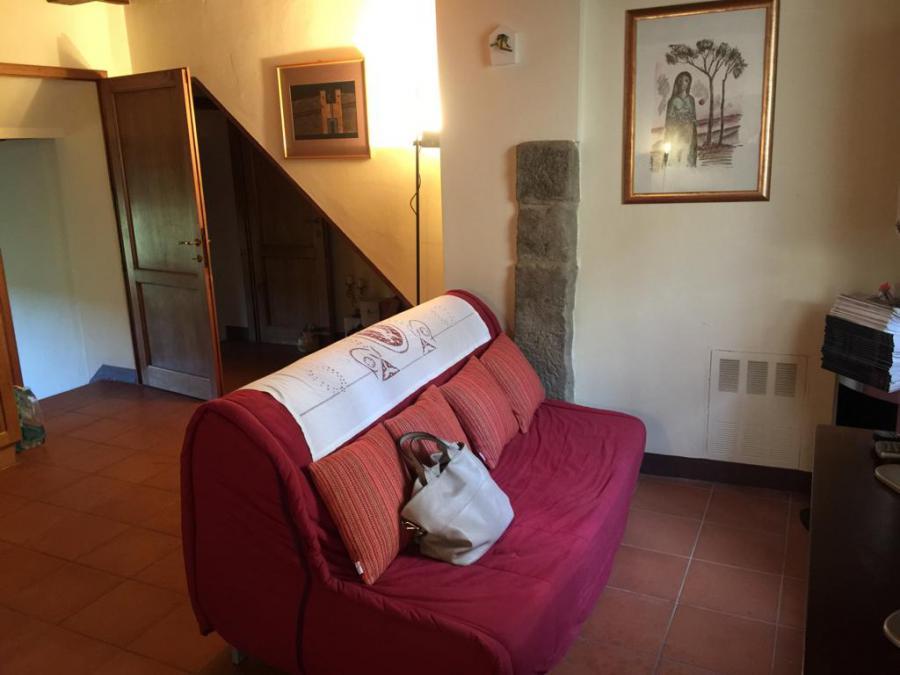 Photo 2 - Sitting room